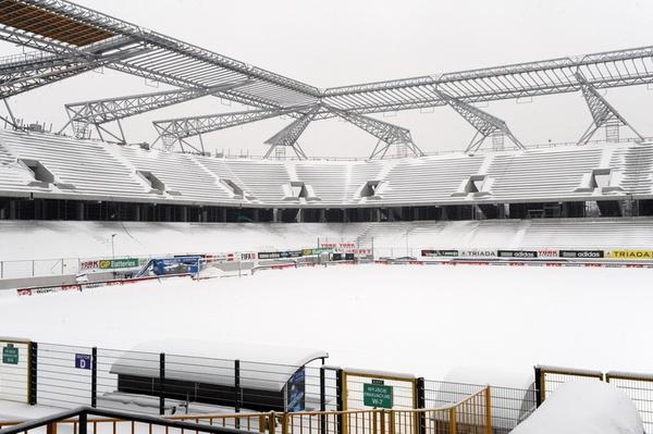 Stadionüberdachung Legia Warsawa