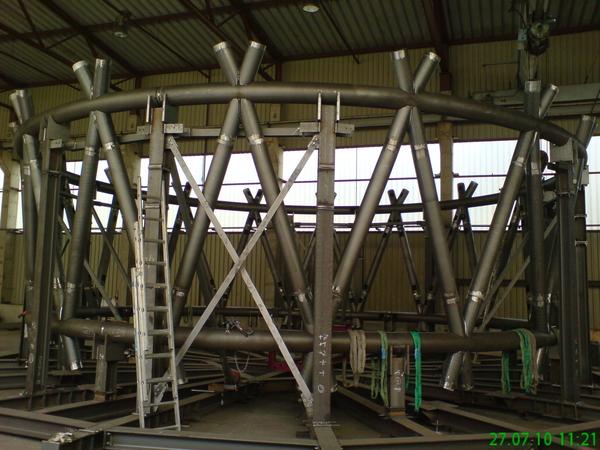 Probemontage der Konstruktion in der Werkstatt